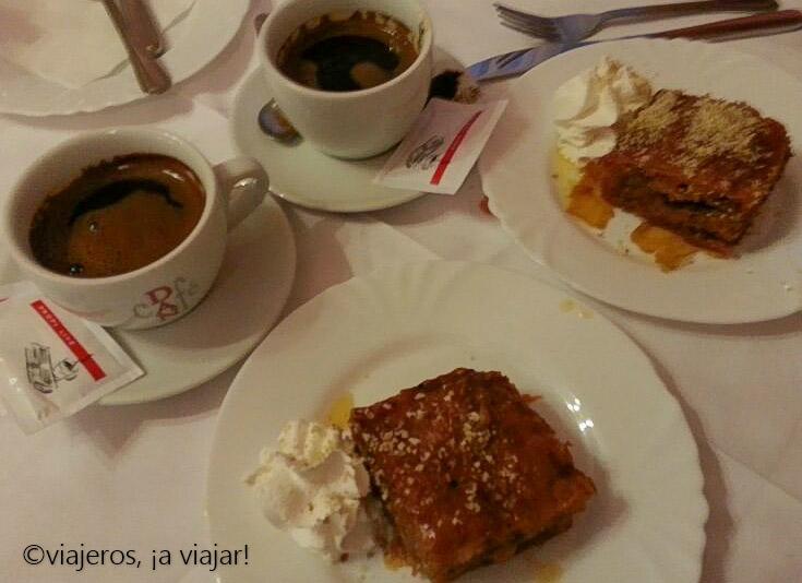 Gastronomia Bosnia. Postre