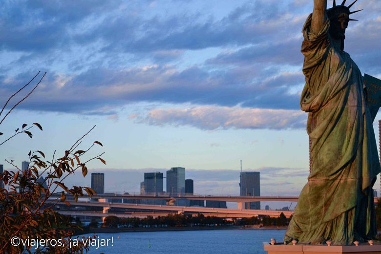 Tokio. Estatua de la libertad