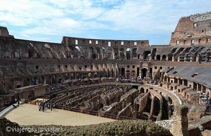 Interior del Coliseo. Viaje a Roma y campania