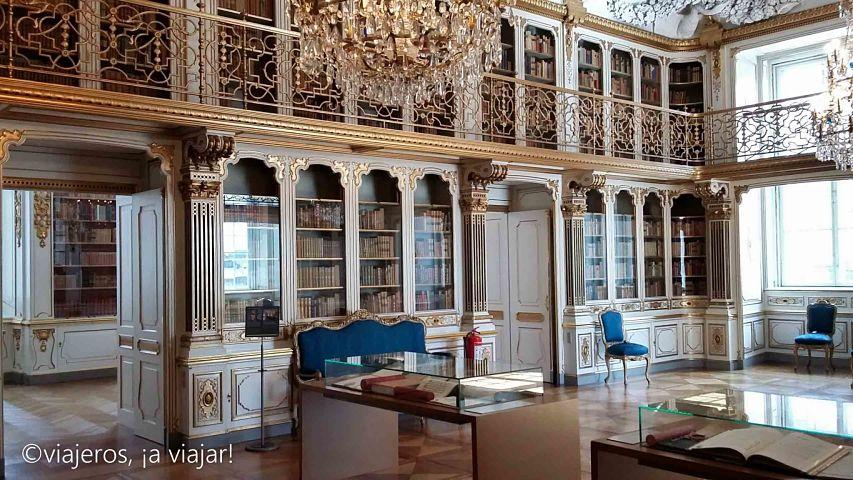 biblioteca-reina