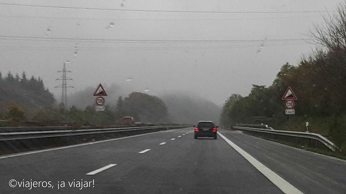 Circulando por la autovia en Alemania