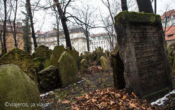 VIAJE Praga - Budapest. Cementerio judio