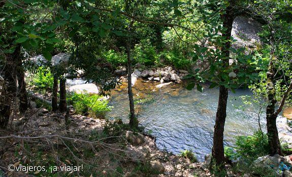 Vista del río desde el sendero
