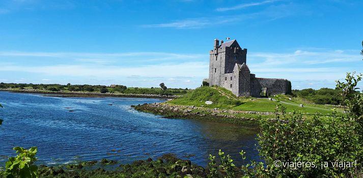 IRLANDA. Dunguaire Castle