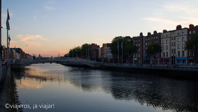 DUBLIN. Ha'penny brigde