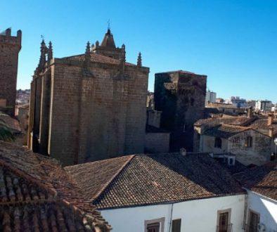 Portada Cáceres